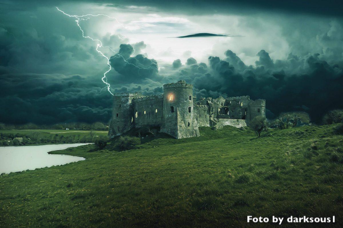 Cosa non si fa per un amore da favola? Che sia una casa o un castello, sempre di prigione si tratta.