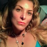 """Ambra Sansolini: """"scrivo per combattere la violenza sulle donne"""""""